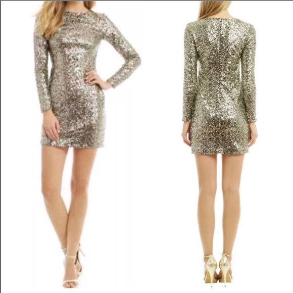 Slate & Willow Dresses & Skirts - NEW SLATE & WILLOW Gold Metallic Sequin Mini Dress